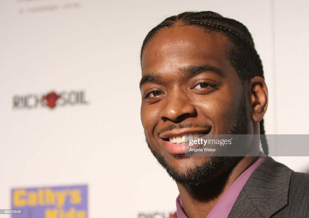 Basketball player Josh Powell of the L.A. Lakers arrives at the 5th Anniversary Dinner of the Cathy's Kids Foundation hosted by Lamar Odom at the Roosevelt Hotel on April 17, 2009 in Hollywood, California.
