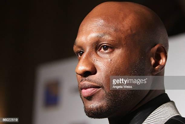 Basketball player Lamar Odom of the LA Lakers arrives at the 5th Anniversary Dinner of the Cathy's Kids Foundation hosted by Lamar Odom at the...