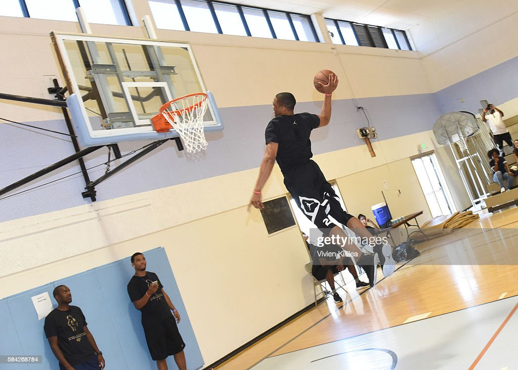 Russell Westbrook Why Not? Basketball Camp : ニュース写真