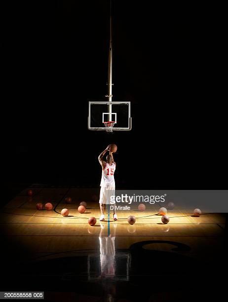 Basketball player shooting free throw