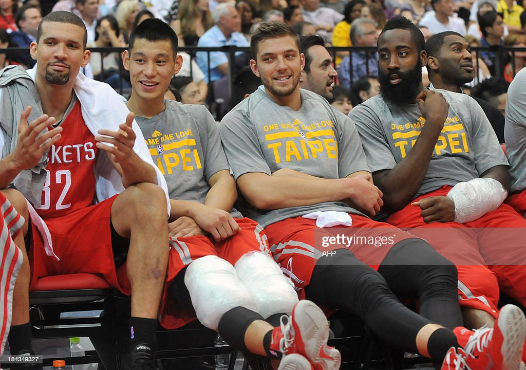 BASKET-US-TAIWAN-TPE-NBA-PACERS-ROCKETS-LIN : News Photo