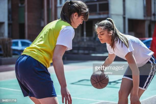 basketball spielen basketball player