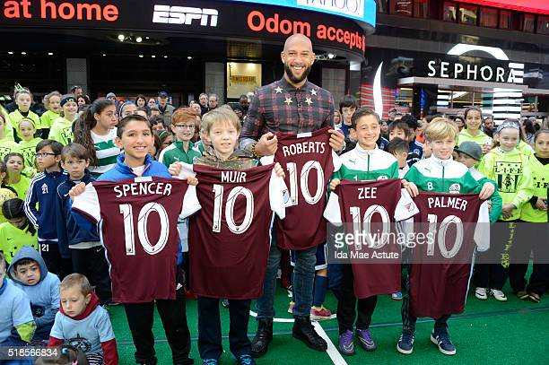 AMERICA Basketball playerturned US Soccer star Tim Howard visits GOOD MORNING AMERICA 3/31/16 airing on the Walt Disney Television via Getty Images...