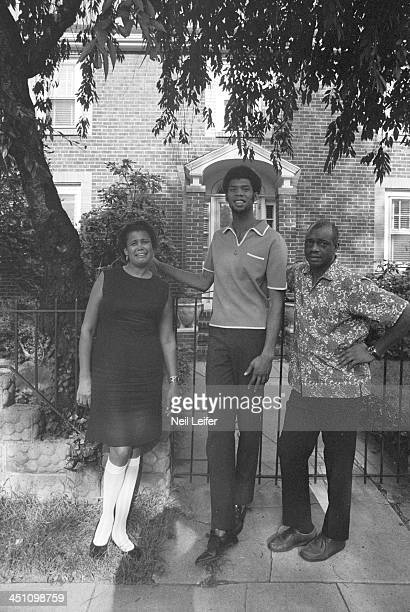 Portrait of Milwaukee Bucks Lew Alcindor casual with his mother Cora and  his father Ferdinand Lewis 81d45cb38