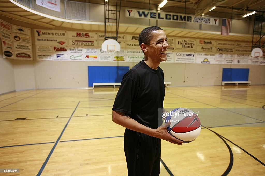 Presidential Campaign Trail, United States Senator Obama Barak from Illinois playing ball at Spencer Family YMCA, Des Moines, IA