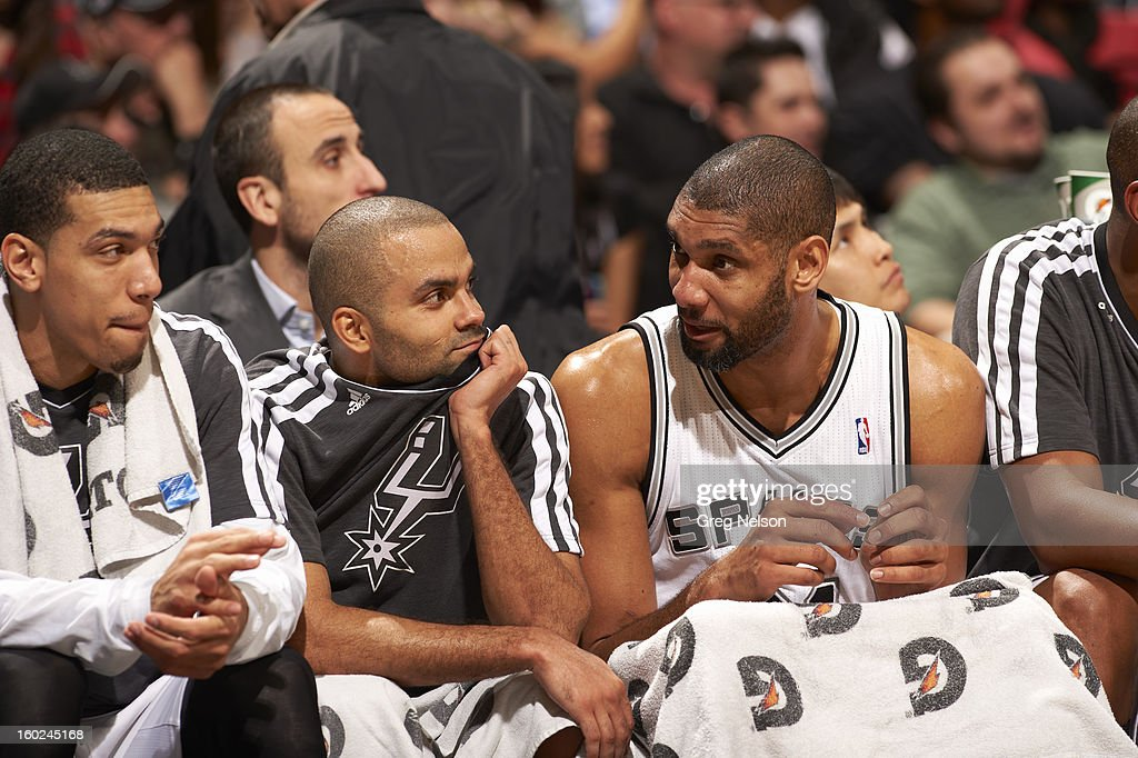 San Antonio Spurs Tony Parker (L) with Tim Duncan (R) on bench during game vs Memphis Grizzlies at AT&T Center. Greg Nelson F244 )