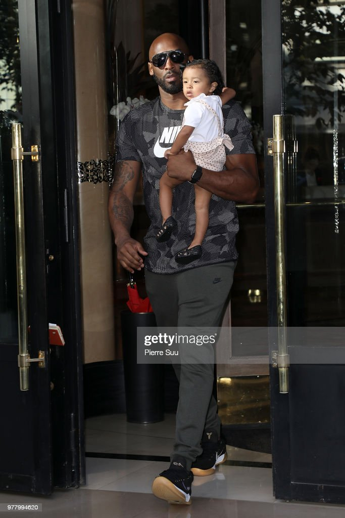 Celebrity Sightings In Paris - June 18, 2018 : News Photo