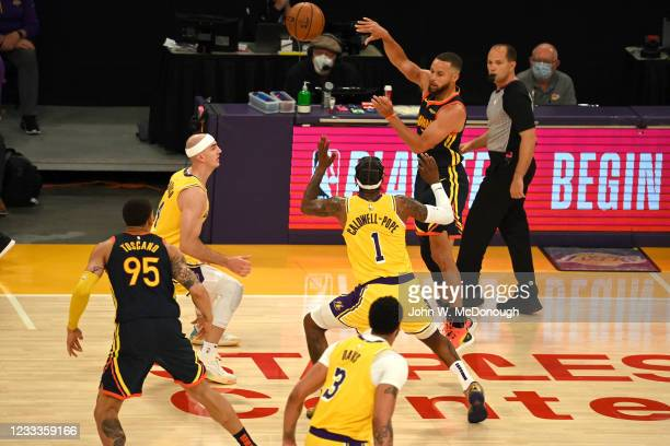 West PlayIn: Golden State Warriors Stephen Curry in action, passing vs Los Angeles Lakers at Staples Center. Game 1. Los Angeles, CA 5/19/2021...