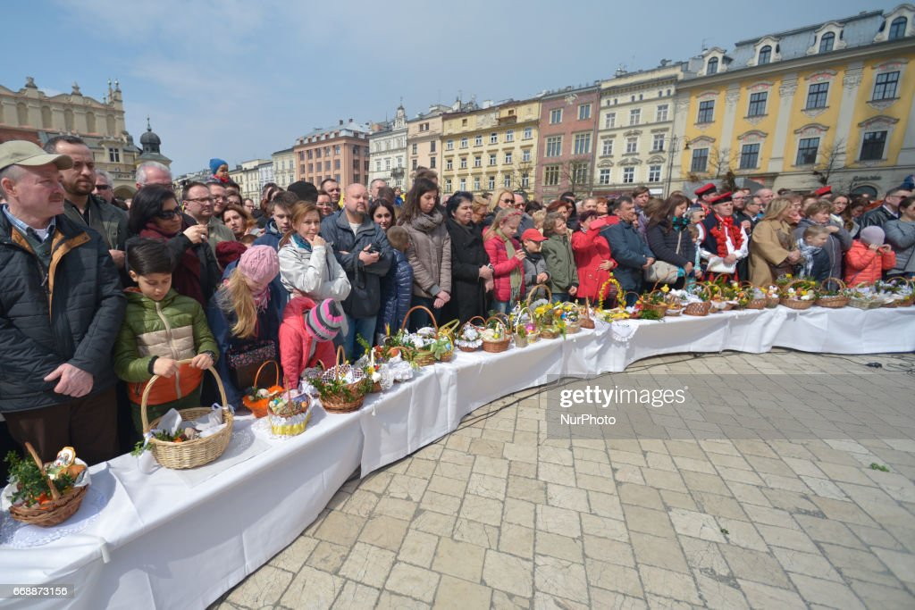 Holy Saturday's Blessing of the Food in Krakow : News Photo