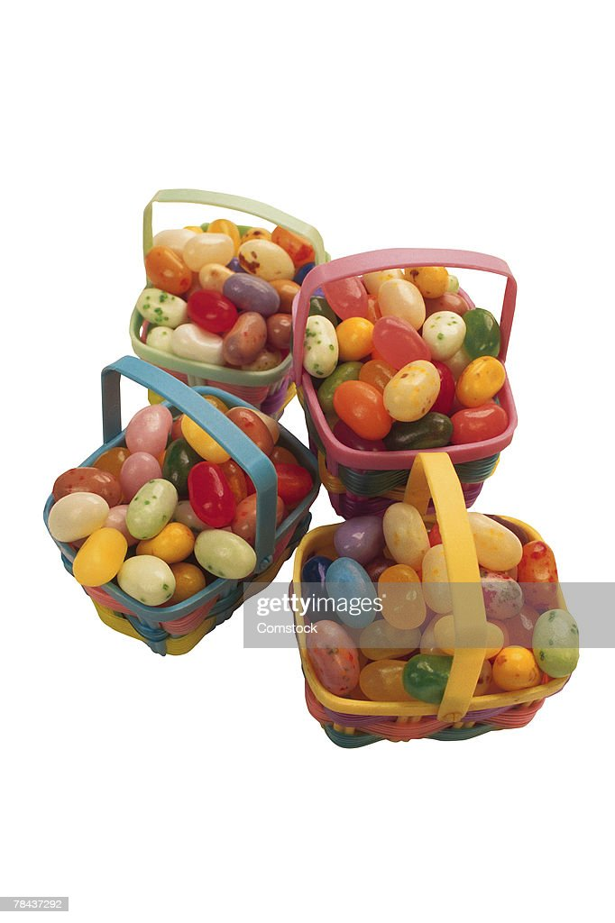 Baskets filled with jelly beans : Stockfoto