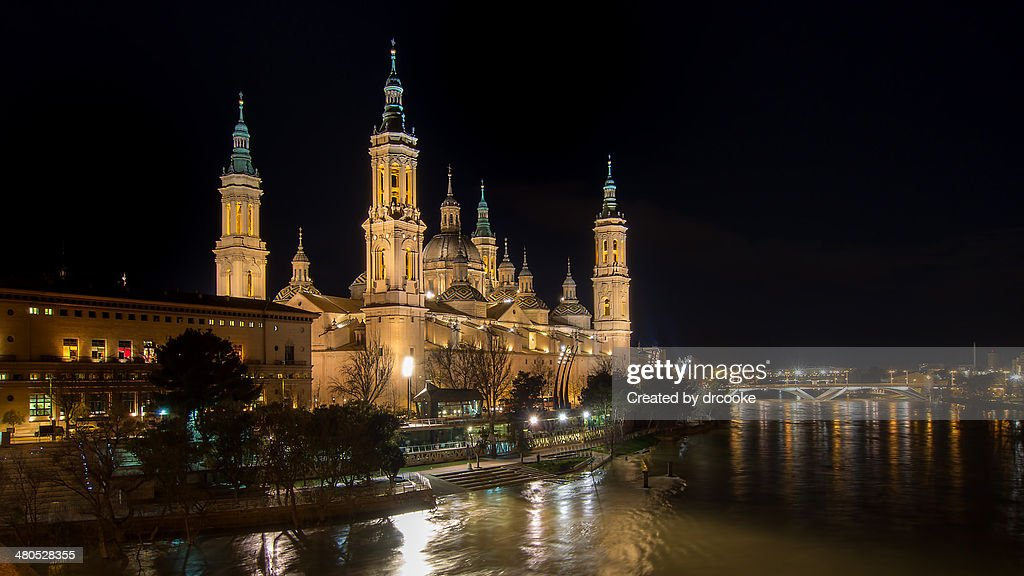Basílica del Pilar, Noche : Photo