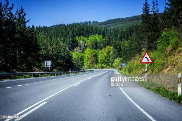 País Vasco. La carretera municipal entre las ciudades de Vitoria-Gasteiz y Balmaseda. España.