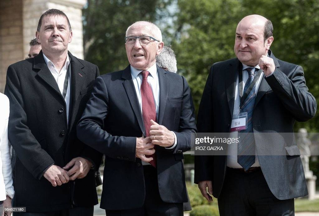 Basque's political party Sortu spokesperson Arnaldo Otegi , Bayonne's mayor Jean-Rene Etchegaray and Spain's Basque region president Andoni Ortuzar arrive to attend a peace conference to end ETA's days-long dissolution process on May 4, 2018 in the small southwestern French town of Cambo-les-Bains, French Basque Country.