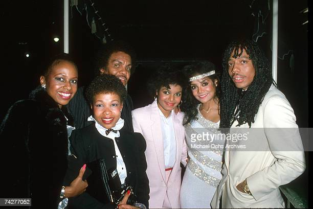 Bass player Rick James LaToya Jackson Janet Jackson and Joe Jackson attend the RB Awards with two unidentified women on February 4 1983 in Los...