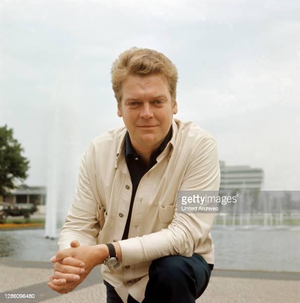 Bass-Bariton HERMANN PREY, 60er Jahre. Musik, Klassik, Sänger, Bariton, Porträt, 60er.