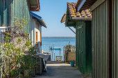 Bassin d'Arcachon (France), Bird Island view between fishermen's houses