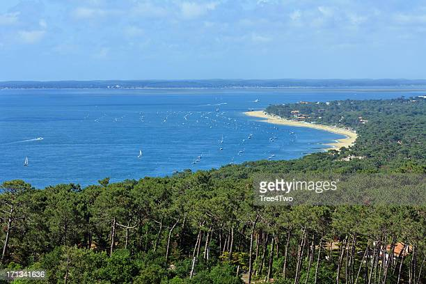 bassin d'arcachon - dune of pyla - aquitaine stock photos and pictures