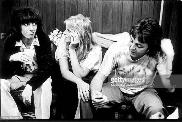 Bassist Bill Wyman of the Rolling Stones photographed with Paul and Linda McCartney backstage at the Palladium in New York City on June 19 1978
