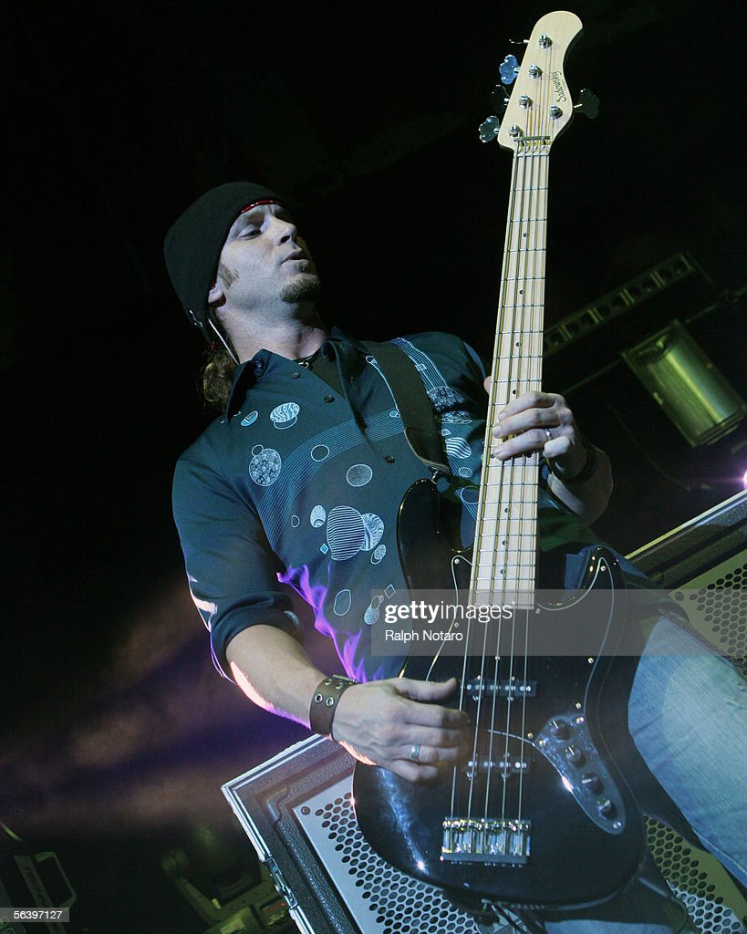 3 Doors Down Perform At Sound Advice Amphitheatre  sc 1 st  Getty Images & 3 Doors Down Perform At Sound Advice Amphitheatre Photos and Images ...