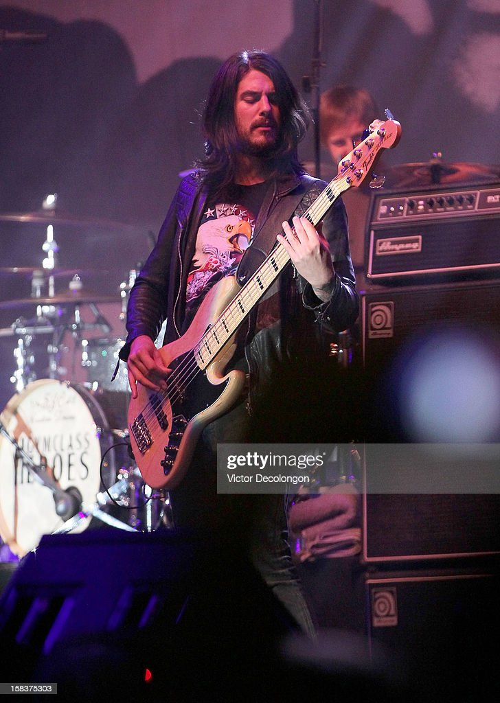 Bassist Eric Roberts of Gym Class Heroes performs at the Got Your 6 And Pat Tillman Foundation Benefit on December 13, 2012 in Norwalk, California.