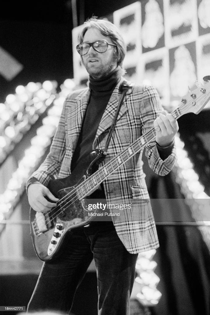 Bassist Mike de Albuquerque re...
