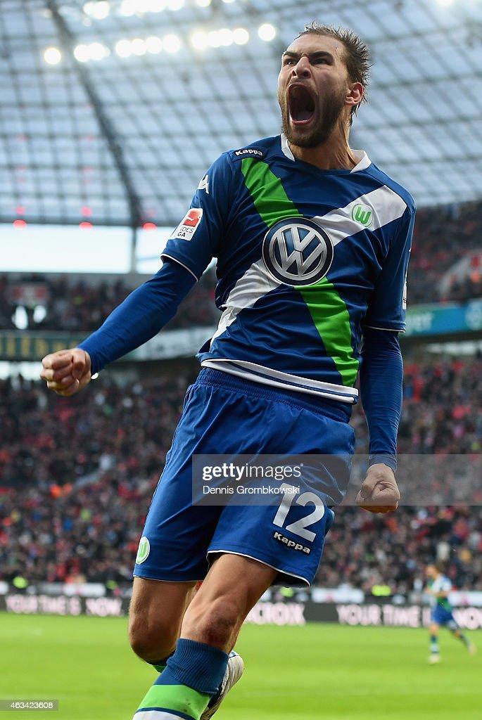 Bast Dost of VfL Wolfsburg celebrates as he scores the winning goal during the Bundesliga match between Bayer 04 Leverkusen and VfL Wolfsburg at BayArena on February 14, 2015 in Leverkusen, Germany.