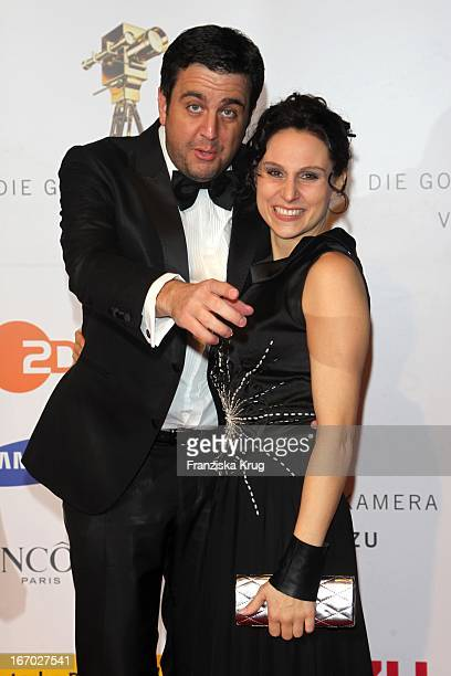 Bastian Pastewka Und Freundin Heidrun Buchmaier Bei Der 45 Verleihung Der Goldenen Kamera In Der Ullstein Halle In Berlin