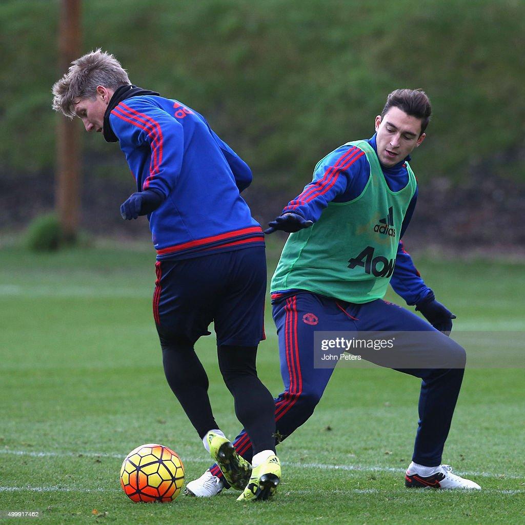 Manchester United Training and Press Conference : Nachrichtenfoto