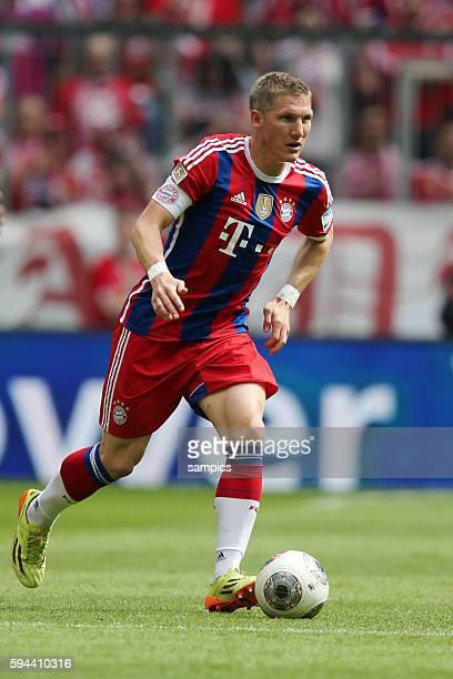 Bastian SCHWEINSTEIGER FC Bayern München deutsche Fussball Meisterschaft des FC Bayern München 1 Bundesliga Fussball FC Bayern München VfB Stuttgart...