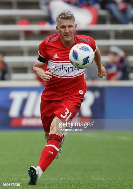 Bastian Schweinsteiger of Chicago Fire chases the ball against the Houston Dynamo at Toyota Park on May 20 2018 in Bridgeview Illinois The Dynamo...