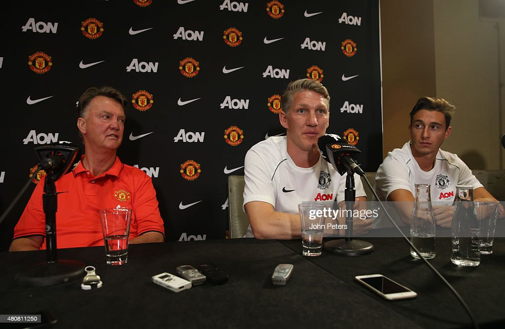 Manchester United Press Conference to Welcome Bastian Schweinsteiger and Morgan Schneiderlin : News Photo