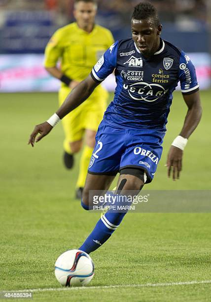 Bastia's French midfielder Christopher Maboulou controls the ball during the French ligue 1 football match Bastia vs Guingamp in the Armand Cesari...