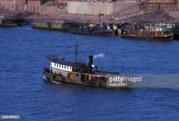 Bateau à vapeur sur la rivière Xiang à Changsha Chine