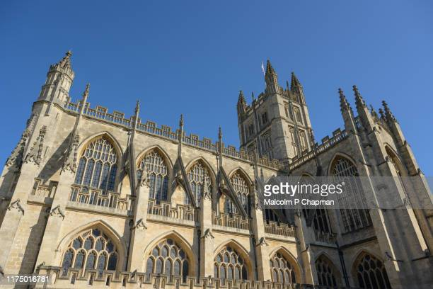 bath abbey, bath, somerset, uk - gothic architecture - bath england stock pictures, royalty-free photos & images