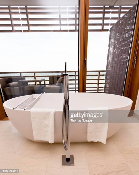 Badezimmer im modernen Hotel