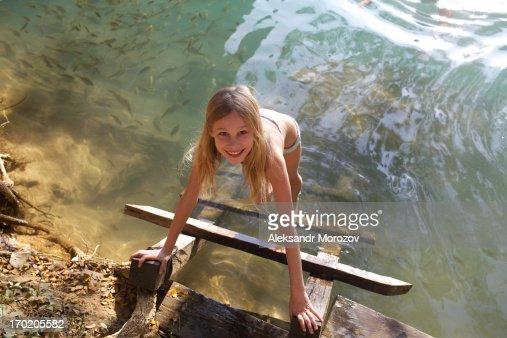 Girl nude bath-4289