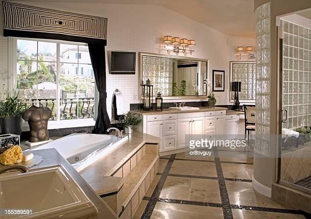 BADEZIMMER INNEN Home Design