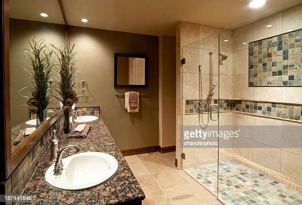 - Badezimmer