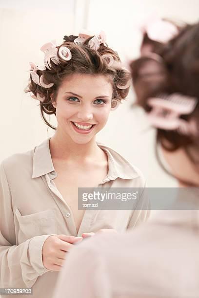 Salle de bain portrait d'une jeune femme
