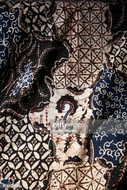 batik banyuwangi handwriting, east java, indonesia - indonesian cloth 個照片及圖片檔