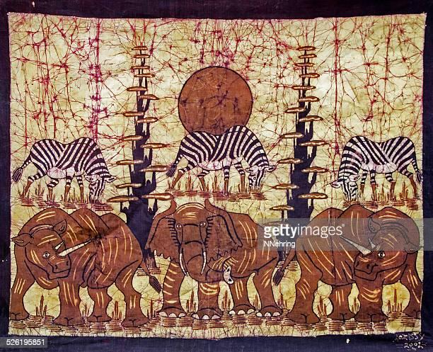 batik com elefantes e zebras de Moçambique