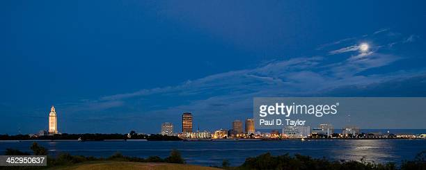 baton rouge skyline by moonlight - baton rouge stock pictures, royalty-free photos & images