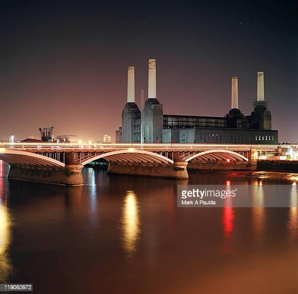 battersea power station at night - wandsworth stock pictures, royalty-free photos & images