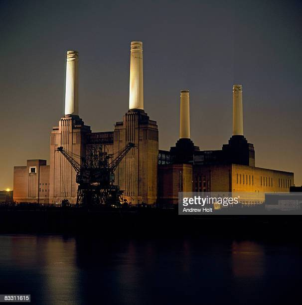 Battersea Power Station building at night