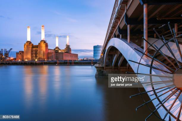 battersea power station from the bridge, london, england - battersea stock pictures, royalty-free photos & images