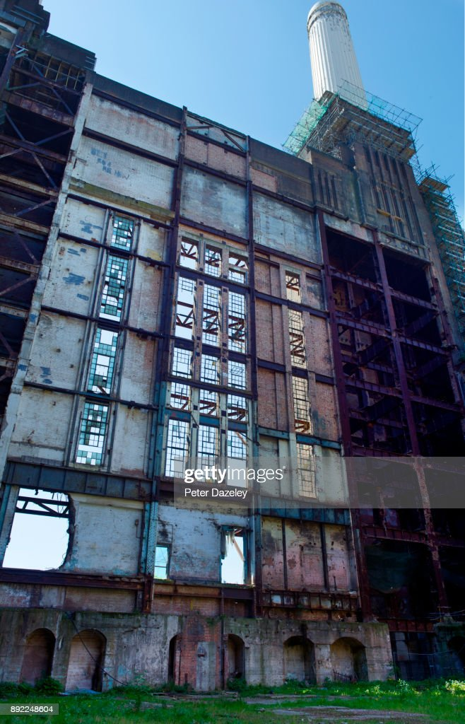 Battersea Power Station Outer Wall Of Boiler Hall Stock Photo ...