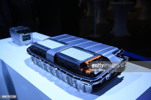 A battery pack for a MercedesBenz S class facelift hybrid automobile battery manufactured by Daimler AG sits on display at the Deutsche Accumotive...
