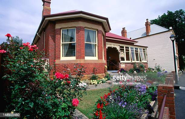 Battery Point cottage with front garden.