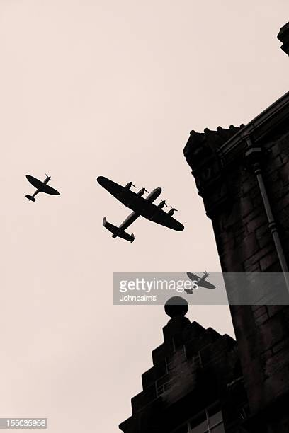 battle of britain. - lancaster bomber stock pictures, royalty-free photos & images