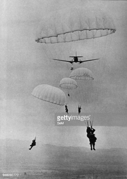 Battle of Dien Bien Phu 1954-Dien Bien Phu Colonial Parachute Battalion n. 6 is thrown first into Dien Bien Phu on 20th November 1953.